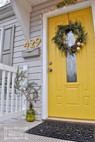 Flawless Exterior House Paint Ideas With Yellow Colors 09