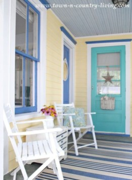 Flawless Exterior House Paint Ideas With Yellow Colors 19