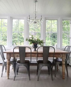 Inspiring Farmhouse Dining Room Design Ideas 18
