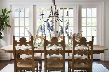 Inspiring Farmhouse Dining Room Design Ideas 19