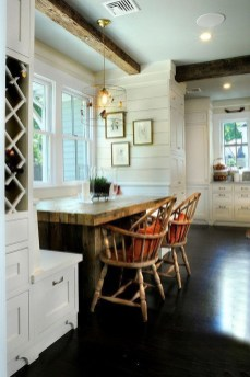 Inspiring Farmhouse Dining Room Design Ideas 41