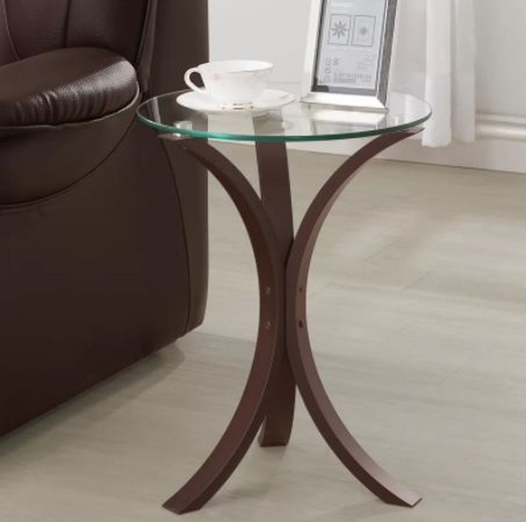 Marvelous Glass Coffee Tables Ideas For Living Room 07