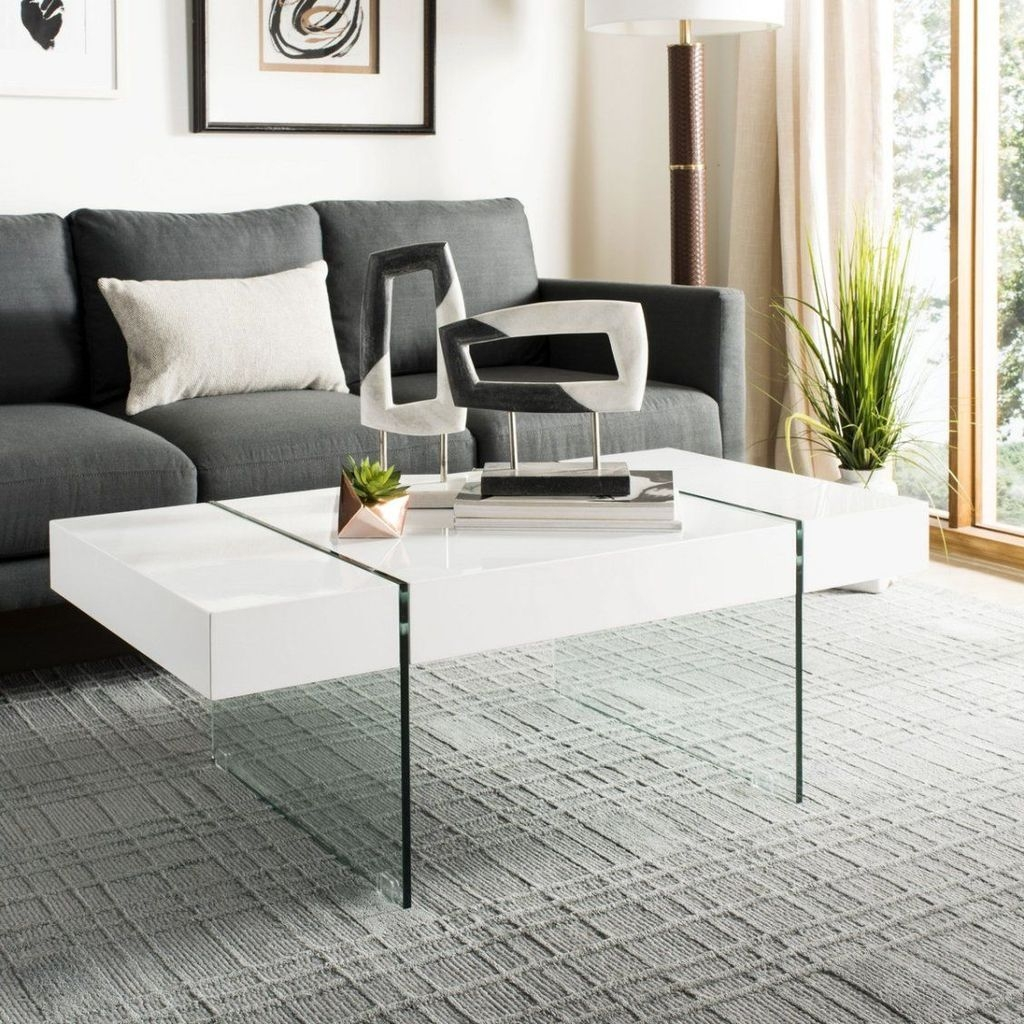 Marvelous Glass Coffee Tables Ideas For Living Room 24