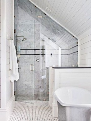 Modern Attic Bathroom Design Ideas 45
