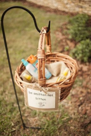 Newest Backyard Wedding Decor Ideas 33