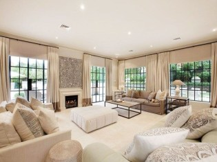Relaxing Large Living Room Decorating Ideas 09