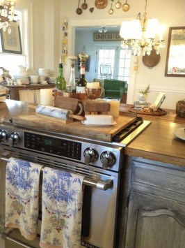 Stylish French Country Kitchen Decor Ideas 18
