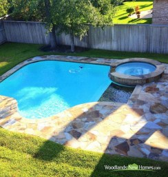 Amazing Natural Small Pools Design Ideas For Backyard 11