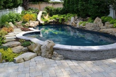 Amazing Natural Small Pools Design Ideas For Backyard 30