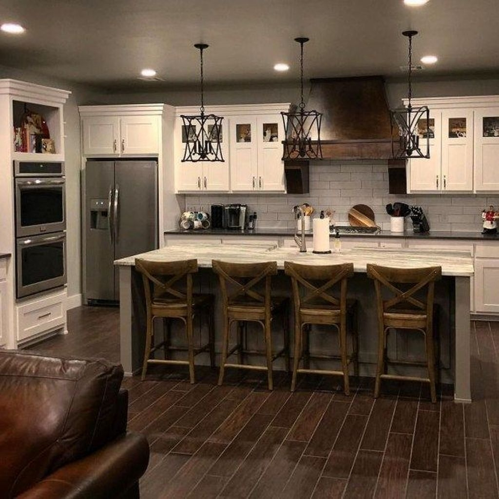 Attractive Kitchen Decorating Ideas With Farmhouse Style 44