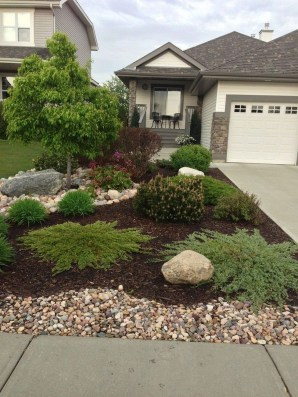 Brilliant Rock Garden Landscaping Ideas For Front Yard 42