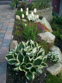 Fantastic Front Yard Rock Garden Ideas 19