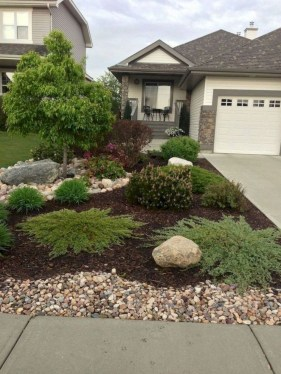 Fantastic Front Yard Rock Garden Ideas 42
