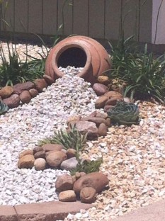 Fantastic Front Yard Rock Garden Ideas 48