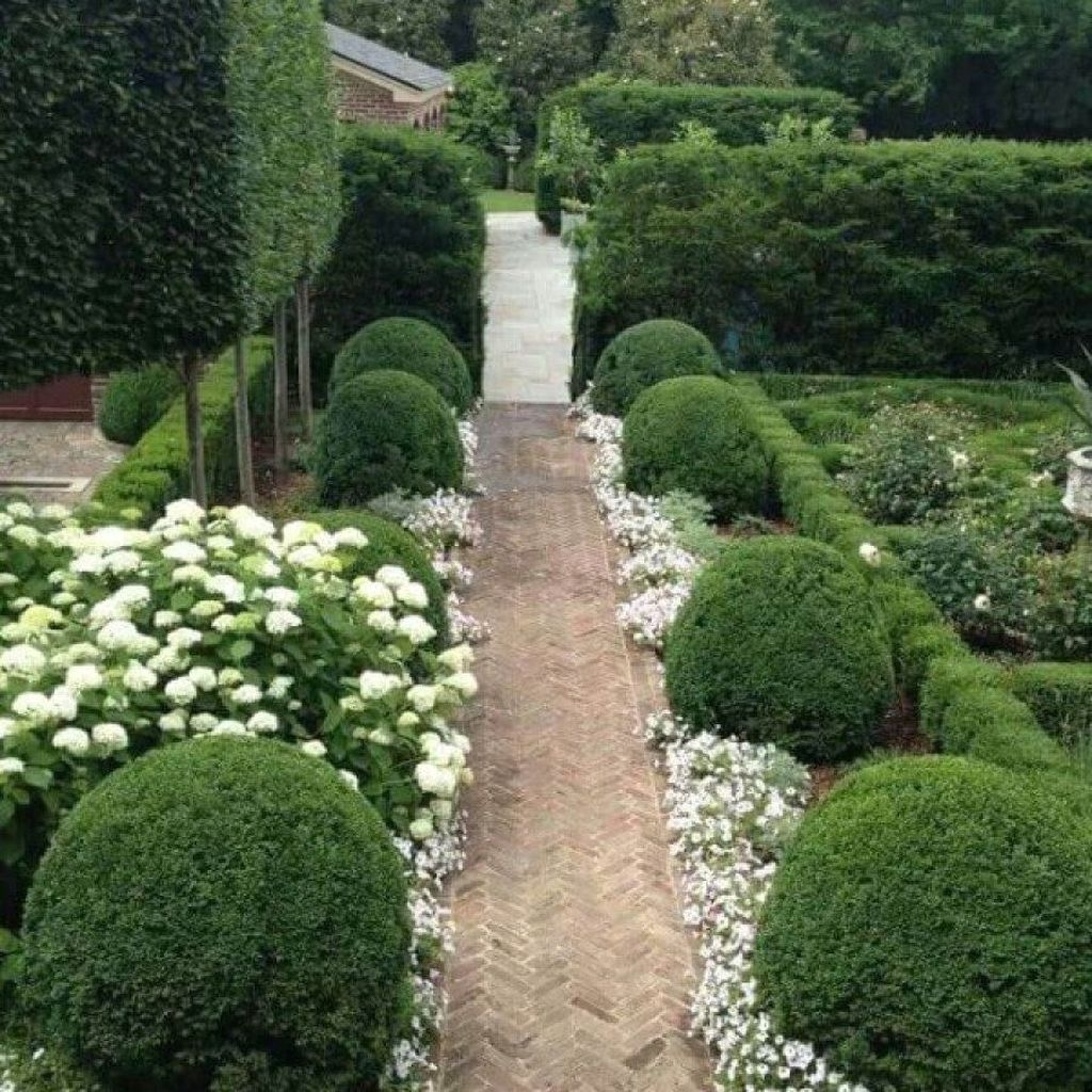 30+ Gorgeous Garden Path Designs Ideas On A Budget