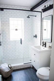 Gorgeous Small Bathroom Remodel Ideas On A Budget 32