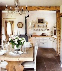 Stunning Country Farmhouse Design Ideas For Kitchen 05