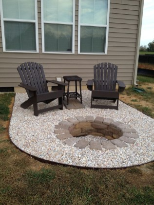 Creative Build Round Firepit Area Ideas For Summer Nights 22