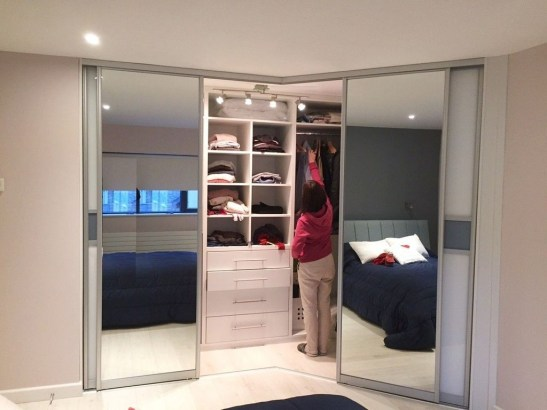 Delicate Wardrobe Designs Ideas For Nowadays 24