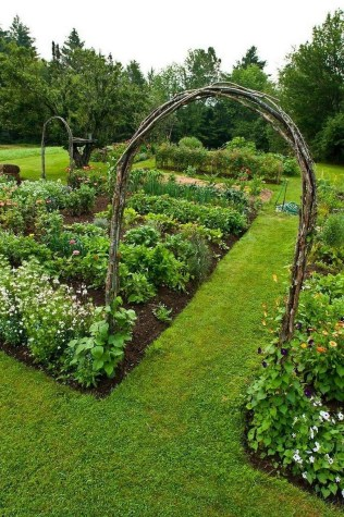 Fancy Garden Bed Borders Ideas For Vegetable And Flower 44