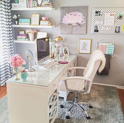 Lovely Small Home Office Ideas 16