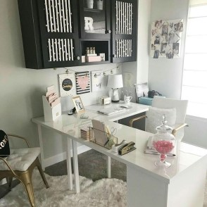 Lovely Small Home Office Ideas 19