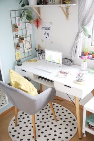 Lovely Small Home Office Ideas 43