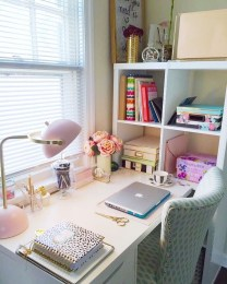 Lovely Small Home Office Ideas 48