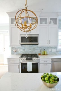 Atttractive Coastal Kitchen Design Ideas That Always Look Great 43