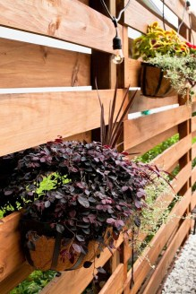 Charming Privacy Fence Ideas For Gardens 03