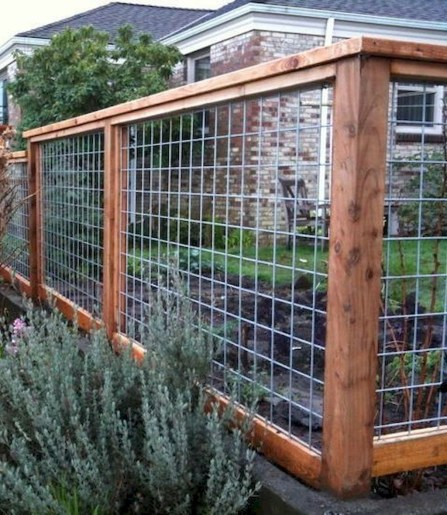 Charming Privacy Fence Ideas For Gardens 13