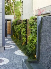 Charming Privacy Fence Ideas For Gardens 29