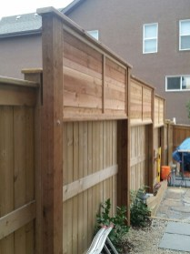 Charming Privacy Fence Ideas For Gardens 45