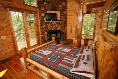 Comfy Wooden Cabin Bedroom Design Ideas For Summer Holiday 02
