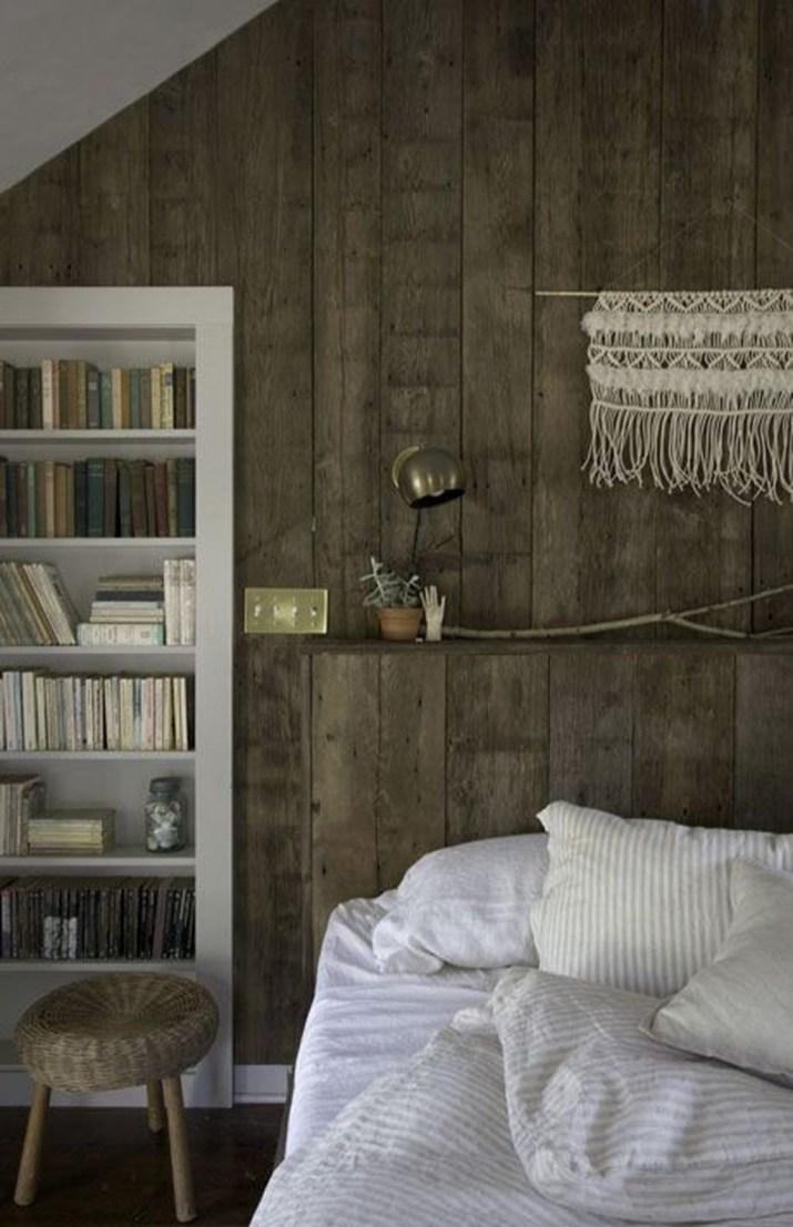 Comfy Wooden Cabin Bedroom Design Ideas For Summer Holiday 24