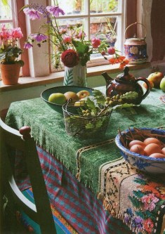 Cool Colorful Kitchen Decor Ideas For Summer 12