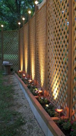 Cool Garden Fence Decoration Ideas To Try This Year 23