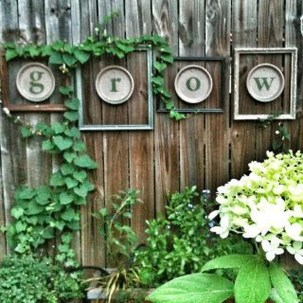 Cool Garden Fence Decoration Ideas To Try This Year 41