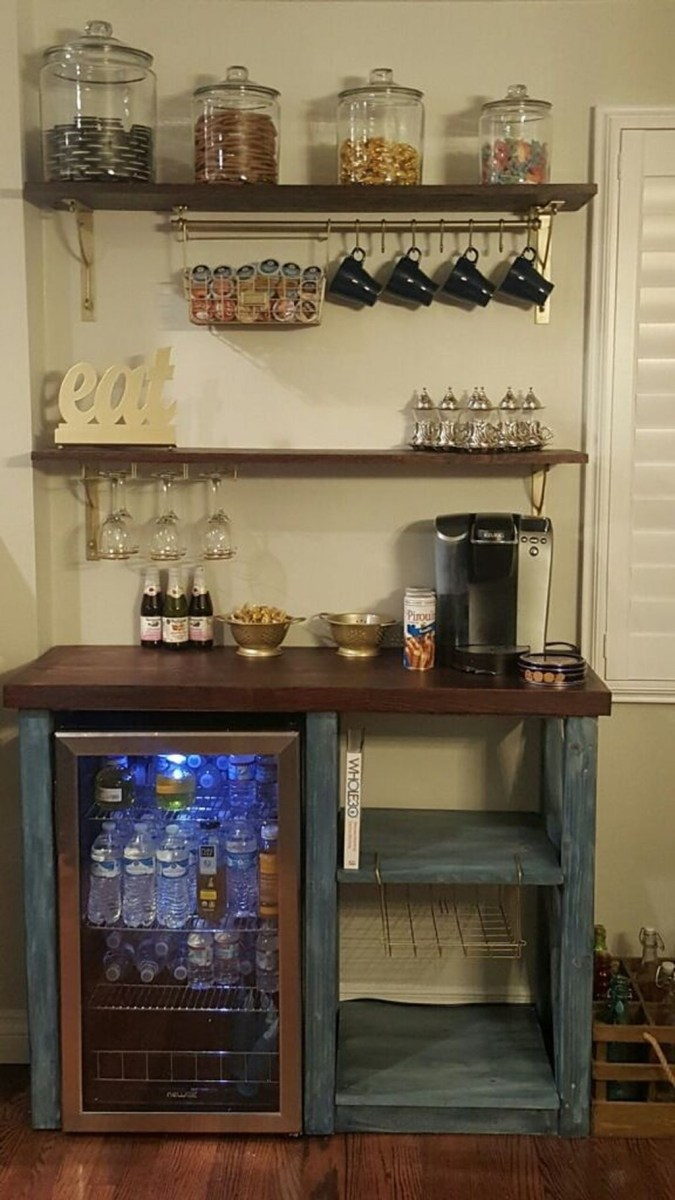 Elegant Mini Bar Design Ideas That You Can Try On Home 03