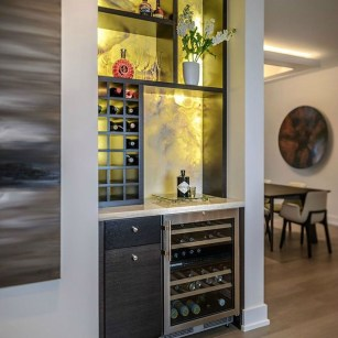 Elegant Mini Bar Design Ideas That You Can Try On Home 30