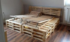 Fancy Diy Ideas To Make Bed Place From Pallet Project 09