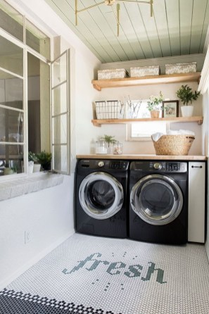 Fascinating Small Laundry Room Design Ideas 14
