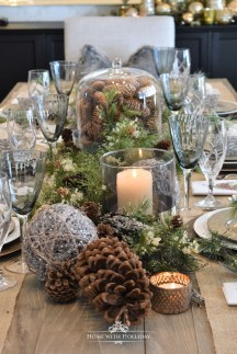 Hottest Christmas Table Decorating Ideas For You 20