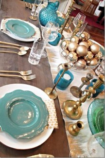 Hottest Christmas Table Decorating Ideas For You 21