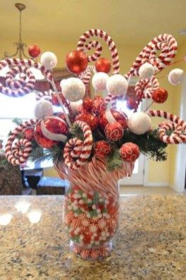Hottest Christmas Table Decorating Ideas For You 34