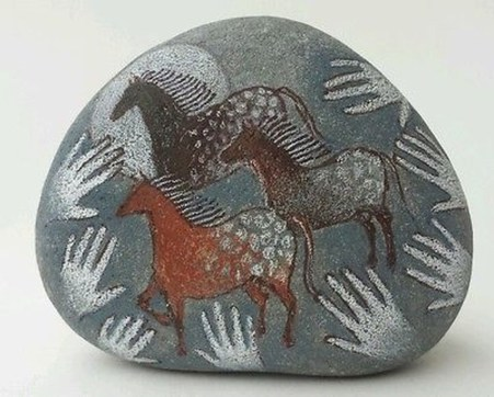 Inspiring Diy Painted Rocks Ideas With Animals Horse For Summer 10