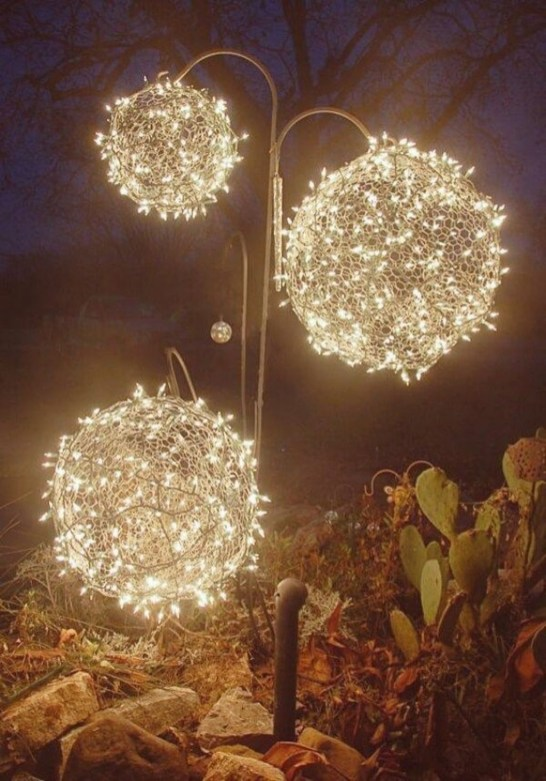 Latest Diy Christmas Lights Decorating Ideas 34