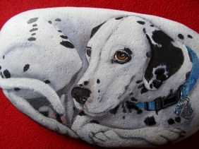 Magnificient Diy Painted Rocks Ideas With Animals Dogs For Summer 46