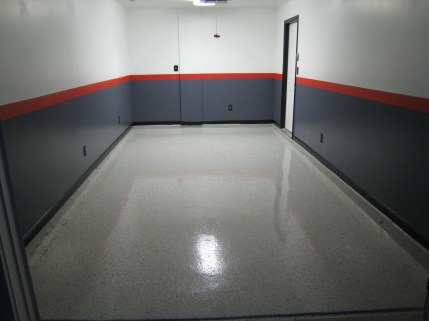 Pretty Garage Floor Design Ideas That You Can Try In Your Home 34