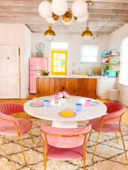 Stylish Colorful Apartment Decor Ideas For Summer 12
